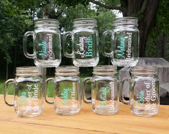 6 Bridesmaid gift Mason Jars with name and title.  mint and white. Personalized wedding gift for Bride, Bridesmaids, Maid of Honor gift idea