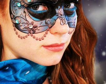 Blue Crystal Carnival Mask - Temporary Makeup Tattoo for Mardi Gras Mask - Masquerade Party