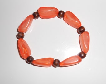Vintage chunky stretch bracelet Tangerine marbled lucite vintage from the 1970s Free USA Shipping