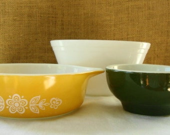 3 MID CENTURY Bowls Hall Federal Pyrex Daisy VINTAGE Collection Cottage Kitchen Bowls Serving Mixing Decor Mid Century Collection
