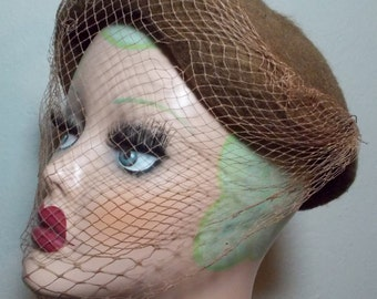 VIntage 1950s 1960s Brown Whimsical Topper Loop Hat With Netting trim