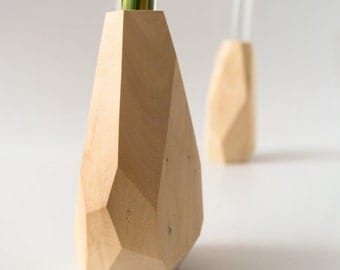 Small Geometric Faceted Wood Vase – Flower vase, Bud vase – Geometric Design, Modern Home Decor