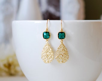 Emerald Green Earrings, Gold Filigree Dangle Earrings, Gold Paisley Earrings, Wedding Jewelry, Bridesmaid Gift, May Birthstone, Gift for her