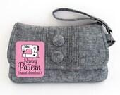 Pintuck Wristlet PDF Sewing Pattern | Wristlet Clutch Purse Bag Pattern PDF