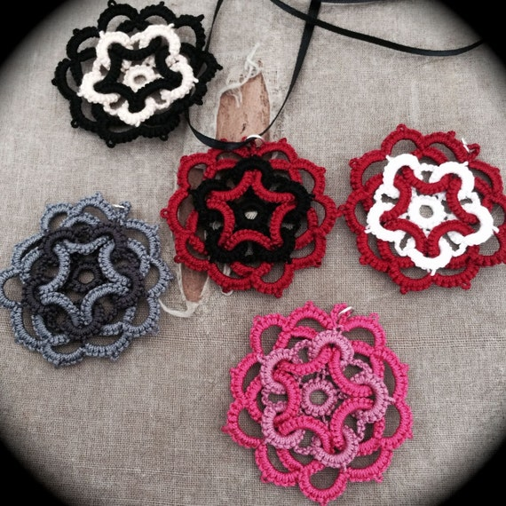 https://www.etsy.com/listing/153372253/tatted-lace-pendant-star-flower-two?