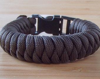 Snake Knot. Paracord Survival Bracelet. Camping Gear. Hiking Gear. Survival Bracelet