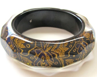 Vintage Bangle - Stunning laminated lucite - embroidered black and gold fabric embedded in clear lucite - chunky geometric shape