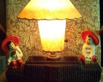 Vintage Asian Oriental TV Lamp 2 Figures Fiberglass Shades Ceramic Chalkware 1950's