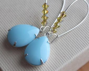 Mollie Earrings - Glass - Swarovski - Silver Plated - Kidney Earwires