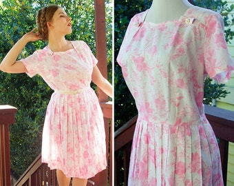 Sunday BEST 1960's Vintage Light Pink + White Floral Dress with Jeweled Bows // size Medium