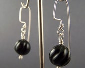 Black Vintage Lucite Dangle Earrings 2