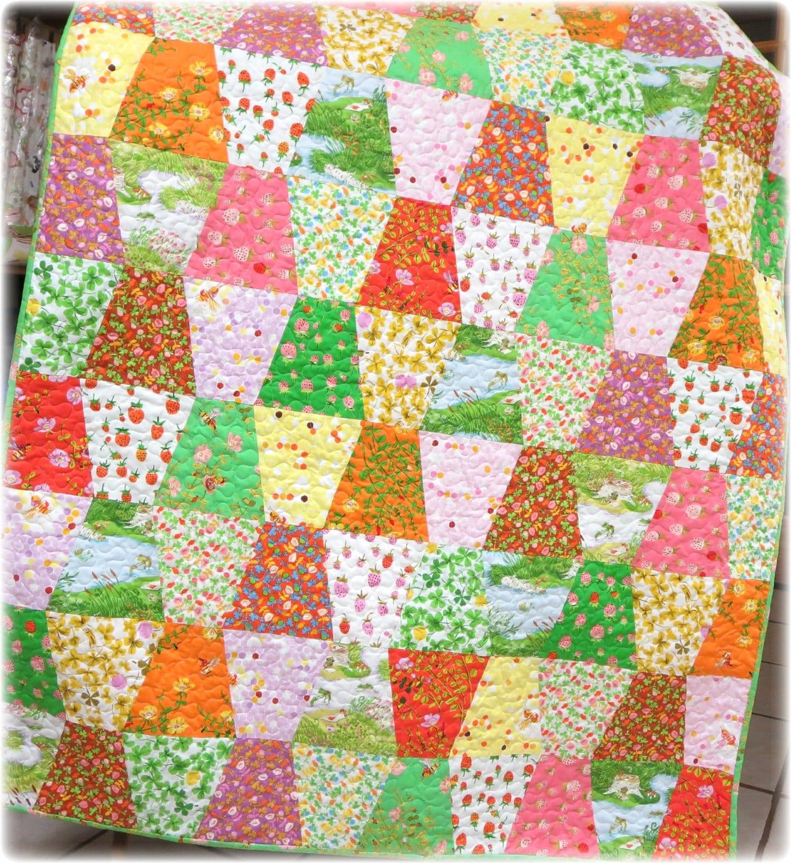 Baby Quilt Briar Rose Tumbler Crib Size Quilt