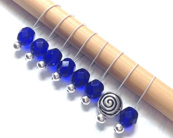 Snag Free Stitch Markers Medium Set of 8 - Blue Faceted Czech Glass - M97 -- For up to size US 11 (8mm) Knitting Needles