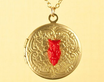 Vintage Floral Pattern Locket with Red Owl Necklace