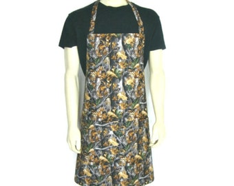 Realtree Camouflage Apron with pocket, Adjustable Mens apron, Realtree Timber pattern, Hunting Kitchen Decor