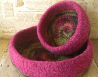 Hot Pink and Forest Mix -  Felted  Whatnot/Ring  Bowls  - Set of  2