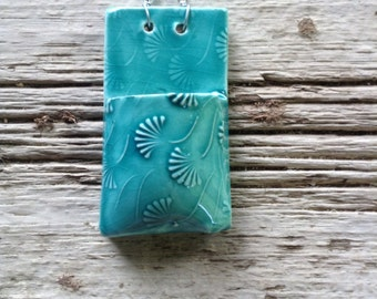 Ginkgo Turquoise Ceramic Wallpocket