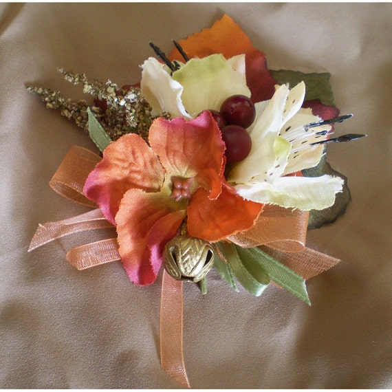 Autumn floral pin broach fall flower womens fashion accessory renaissance