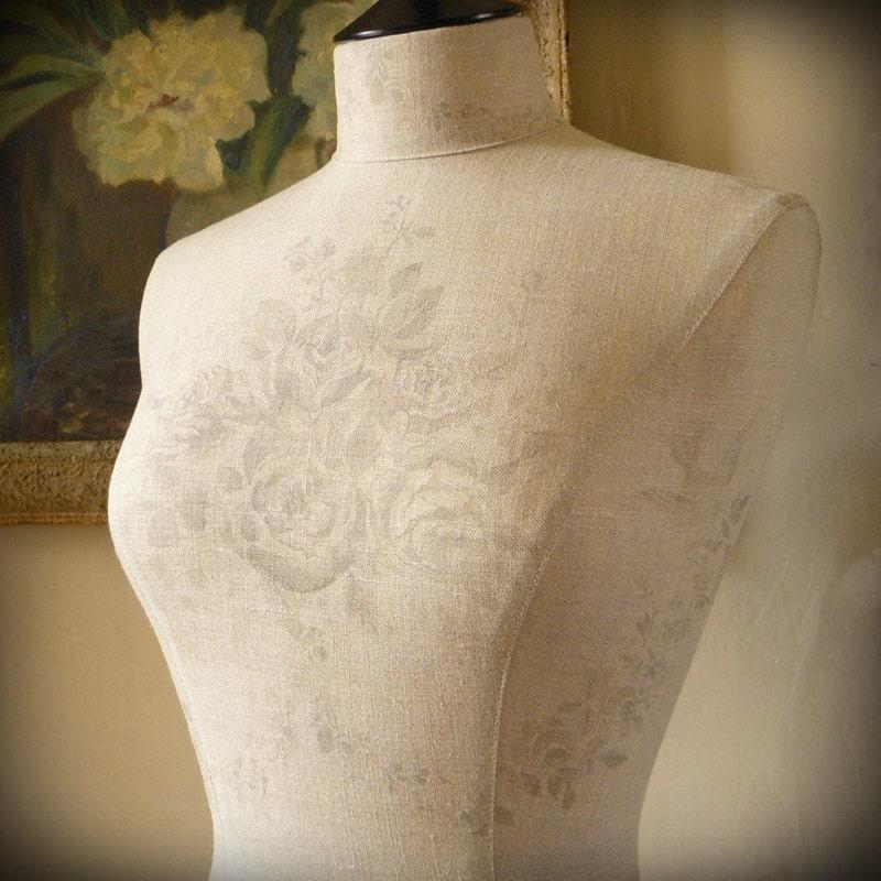 mannequin display wedding dress kate forman english linen. Black Bedroom Furniture Sets. Home Design Ideas