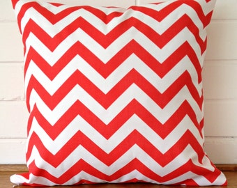 Red and White Chevron Zig Zag Geometric Outdoor Cushion Cover