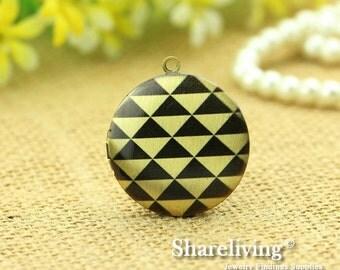 1pcs Triangle Geometric Locket Necklace Antique Bronze Brass Photo Locket Charm Pendant 32mm 25mm 20mm Locket - NLK001E