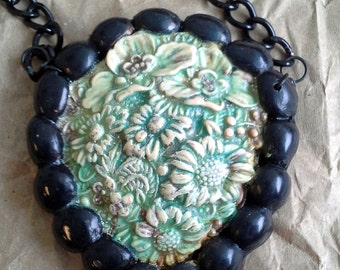 New Old - Patinoval - Polymer necklace