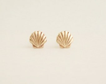 Teeny Tiny Gold Scallop Shell Earrings Tiny Seashell Stud Bridesmaid Gift. Minimal Jewelry Stainless Steel Posts or 925 Sterling Silver Post