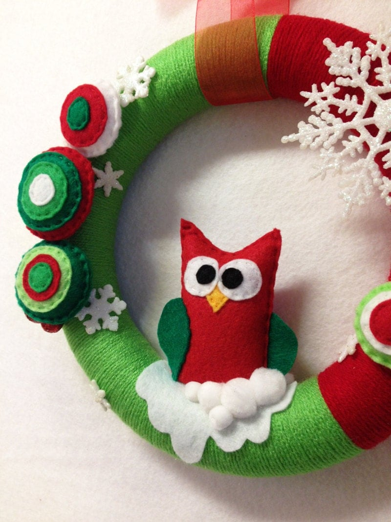 Christmas Yarn Wreath Old Fashioned Christmas Snowflakes