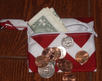 Crimson and white chevron coin pouch with swivel hook