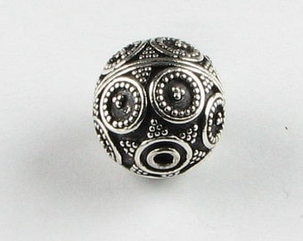Large Circles and Dots Round Bali Sterling Silver Focal Bead 15mm (1 bead)