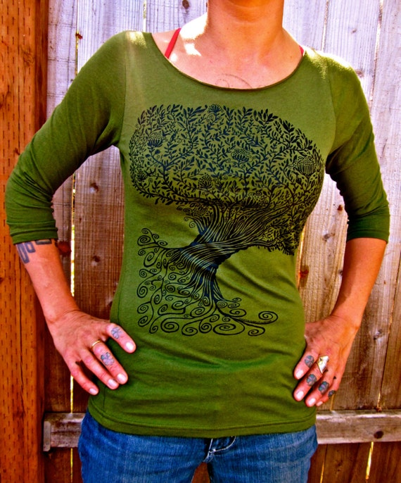 Green Tree Tshirt Spiral Celtic Made in USA 3/4 Sleeve Boatneck Stretchy Cotton Small and Medium Only