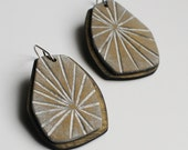 Metallic, antique brass, Starburst dangle earrings