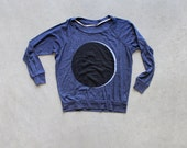 SALE - Umbraphilia - womens raglan / pullover - solar eclipse screenprint - black and white on navy blue - astronomy shirt for her