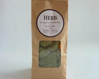 Soft green merino roving, 25g, 1oz, Herb, 21 micron, merino roving,  merino tops, felting wool, needle felting, wet felting
