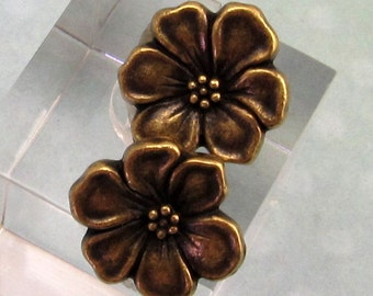 TierraCast Apple Blossom Button, Brass Ox, 2-Pc. TB28