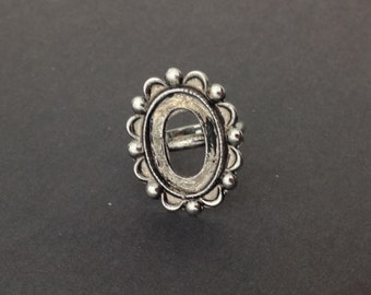 Wonderful Beaded and Scalloped Edge Silver Adjustable Ring Blank 18x13mm (1) mtl050