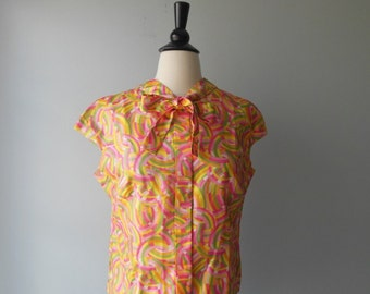 Vintage 1950s Blouse - Glorious Blouse with Bow Detail