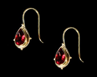 Faceted Garnet Teardrop and Textured Gold Earrings, Garnet Earrings, Gold Earrings Dangle, Garnet Jewelry, January Birthstone, Gift for her