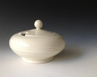 Covered Sugar bowl dish, creamy white with grooves