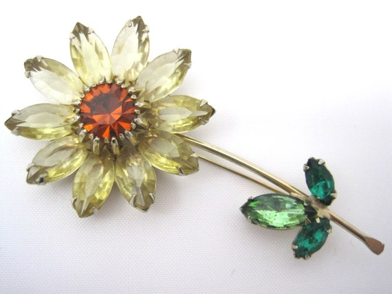 vintage rhinestone flower brooch weiss 1950s book piece