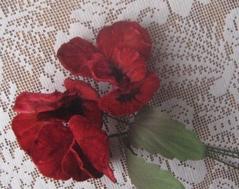 Czech Republic Velvet Ombre Millinery Fabric Pansy Pansies Flowers Red