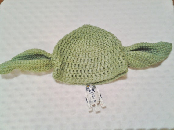Star Wars Yoda Inspired Crochet Hat FREE by CarolCoDesigns on Etsy