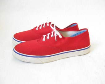 Vintage 80s Red Canvas Lace Up Sneakers. Size 6 1/2