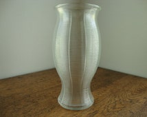 Clear glass vase Clear ribbed vase Centerpiece vase Flower vase Large glass vase Hourglass vase Wedding vase Tall vase Clear tall glass vase