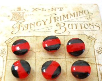 20s Glass BUTTONS, Austrian glass in red & black, unused on original card.
