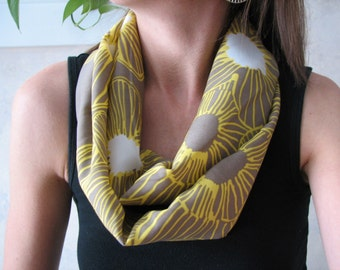Green Modern Floral Infinity Scarf