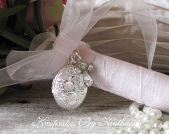 Brides Guardian Angel Bouquet Locket