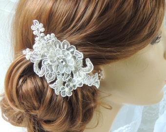 Bridal Comb,Lace Wedding Hair Comb, Wedding Hair Accessory, Bridal headpiece, bridal fascinator, Champagne hair accessories