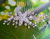 Beach Wedding Hair Vine Comb with Rhinestone Starfish and Freshwater Pearls, Bridal Headpiece Destination Wedding Hair Accessory