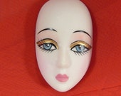 1 UNADORNED Lady Face Head Porcelain-Look Resin use for Jewelry Pin Brooch craft scrapbooking DIY
